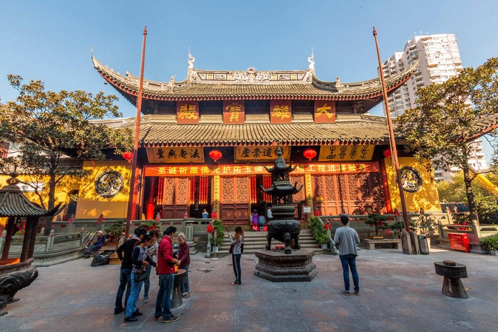Монастырь нефритового Будды
