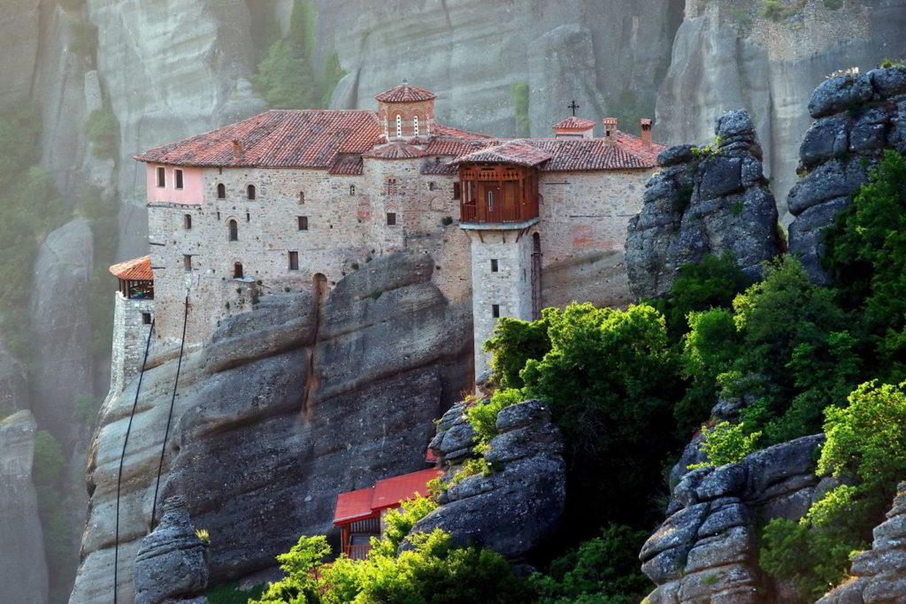монастырь пелопоннес