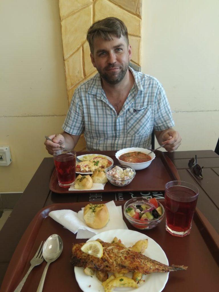 еда в столовой Коктебель