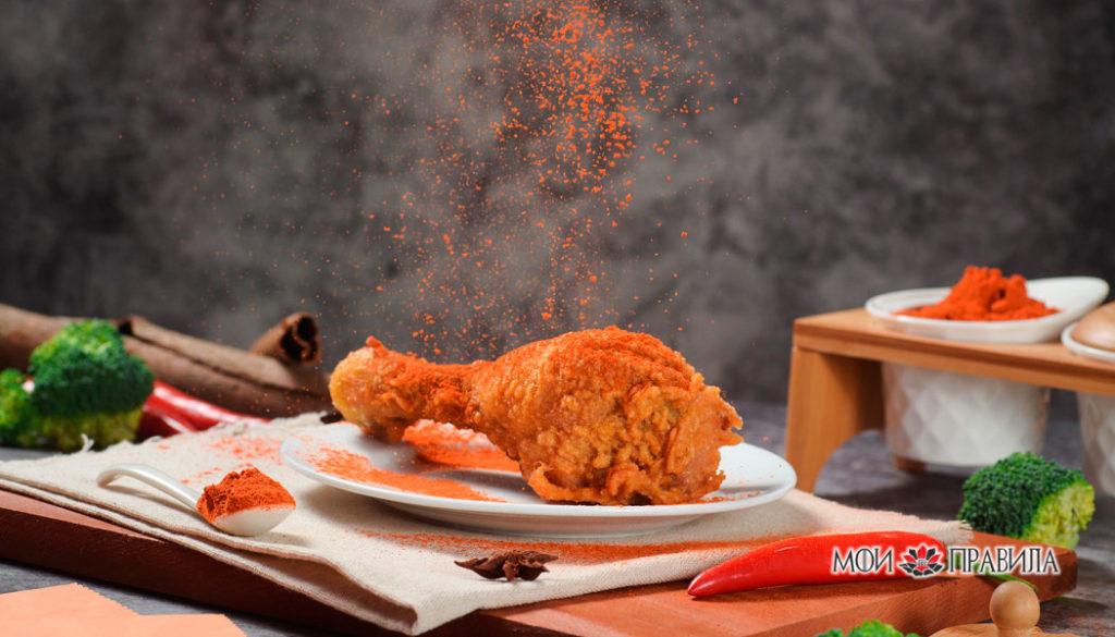 Ножка курицы жареная